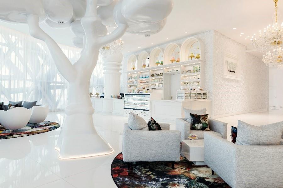 Mondrian Doha Lobby