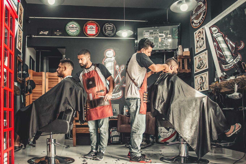 men-having-their-haircut-1813272